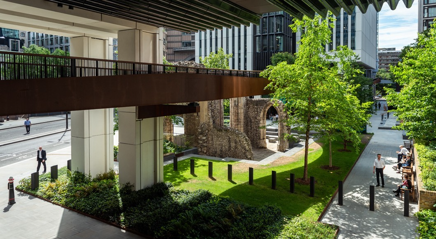Tours of London Wall Place